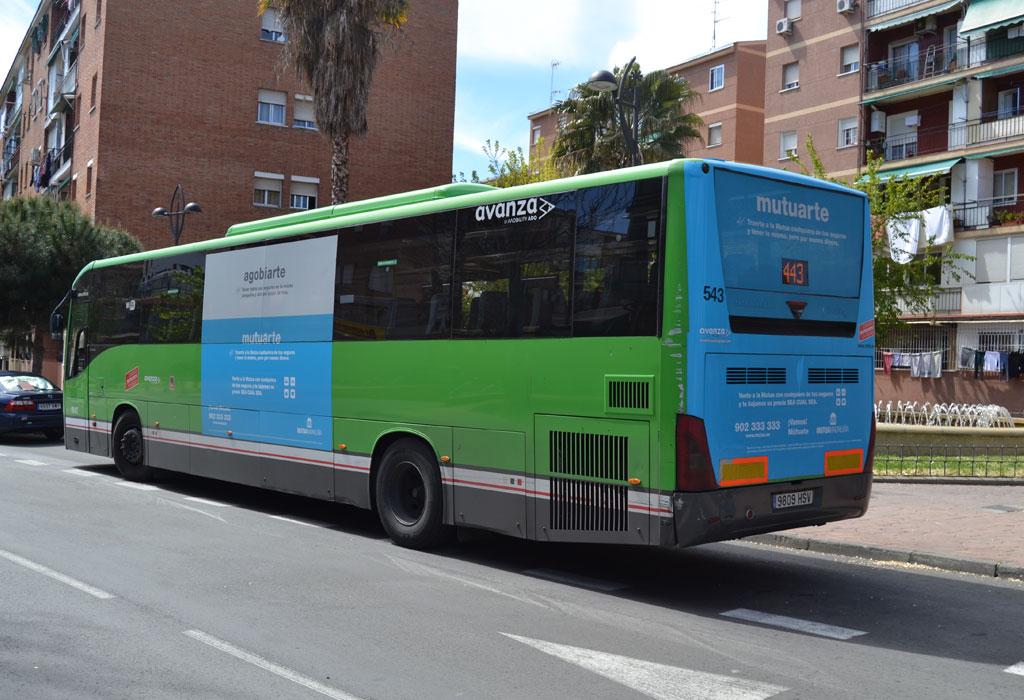 """Publicidad trasera integral + lateral en autobús urbano de la """"Mutua Madrileña"""""""