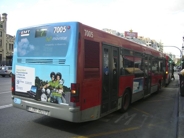 """Publicidad """"movistar"""" trasera + lateral sencillo autobús urbano"""
