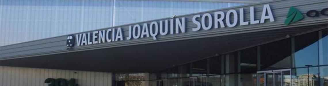 Publicidad estación Joaquín Sorolla en Valencia
